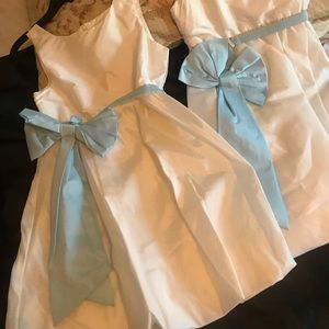 Little girl dress with blue ribbon (2( size 12,14